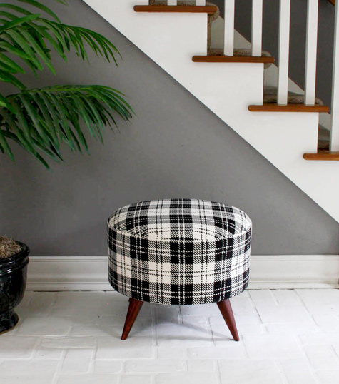 diy ottomans | salvaged spool ottoman by modhomeecteacher, Design Sponge
