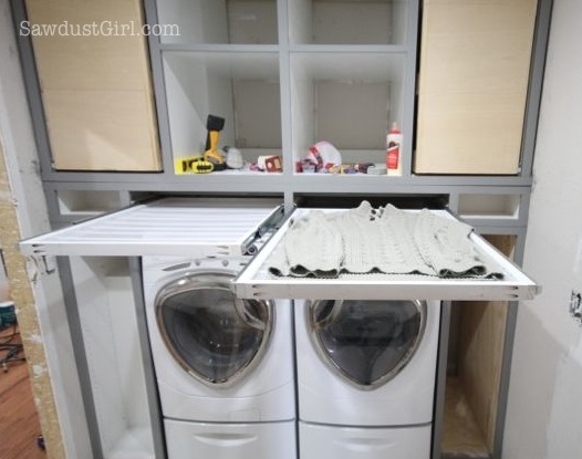 Remodelaholic 25 ideas for small laundry spaces for Small utility room