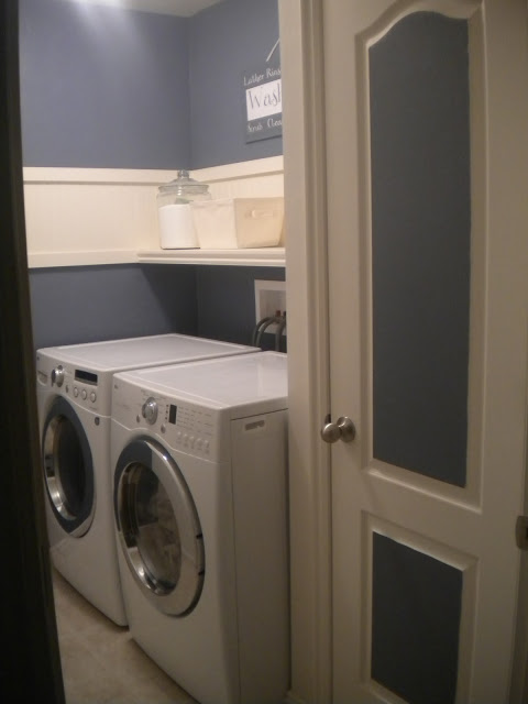 Remodelaholic 25 ideas for small laundry spaces for Painting ideas for small laundry room