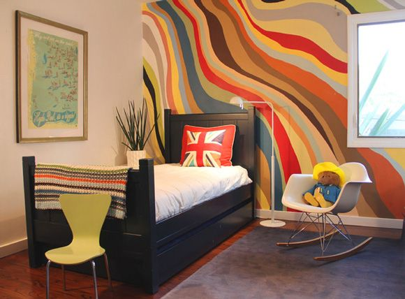 wavy painted stripe walls - Interior Wall Painting Designs