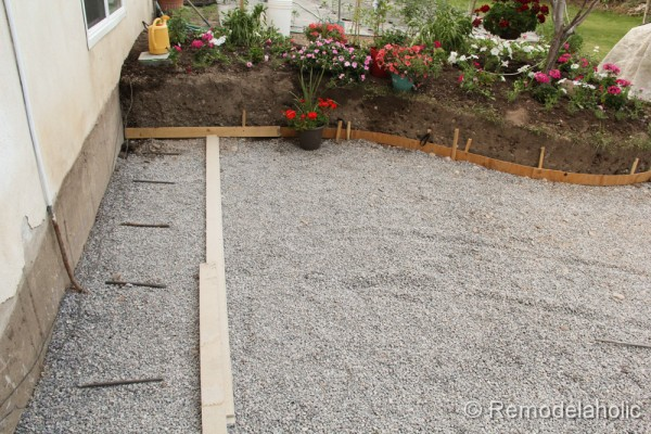 Lovely DIY Concrete Patio 42