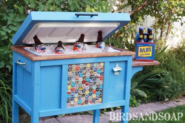 DIY cooler box stand tutorial by birdsandsoap
