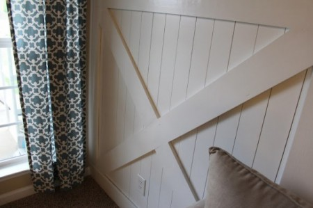 barn door wainscoting, Traci Monson on Remodelaholic