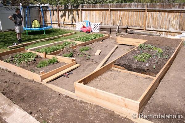 custom raised garden boxes-21