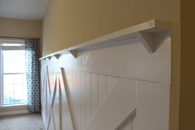& DIY Barn Door Wainscoting Tutorial | Remodelaholic | Bloglovinu0027