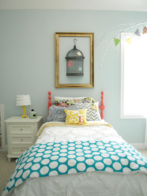 Remodelaholic get this look pattern mixing in kids 39 rooms - Dormitorio juveniles modernos ...