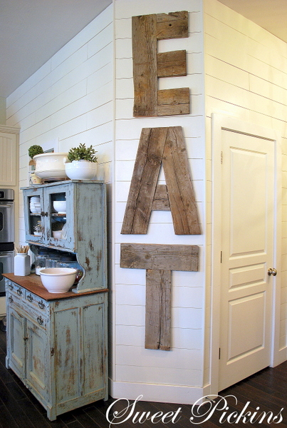 Reclaimed Wood Kitchen Backsplash | Remodelaholic