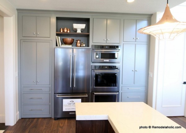 White And Gray Kitchen Cabinetry UVPH 2018 Home 16 Arive Homes (94) 001