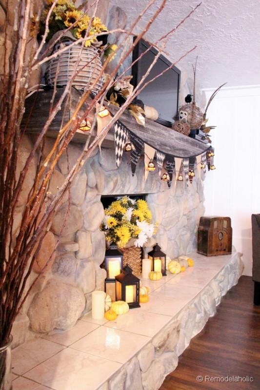 Fall-mantel-and halloween-mantel-decor-ideas-12