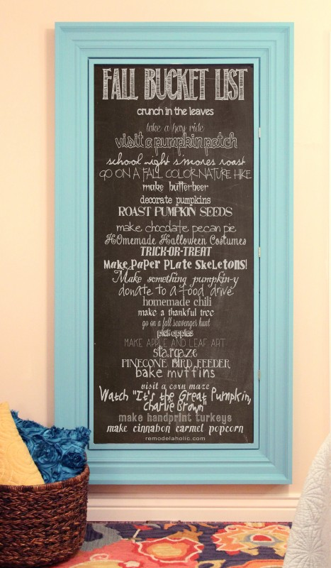 Fall Bucket List Chalkboard Printable | 25 things to do for fall from Remodelaholic.com
