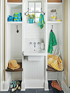 back entry washroom and drop zone tips via Remodelaholic.com