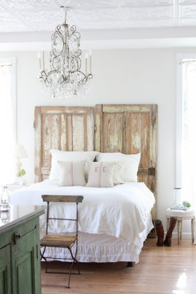 chic neutral rustic bedroom, Dreamy Whites