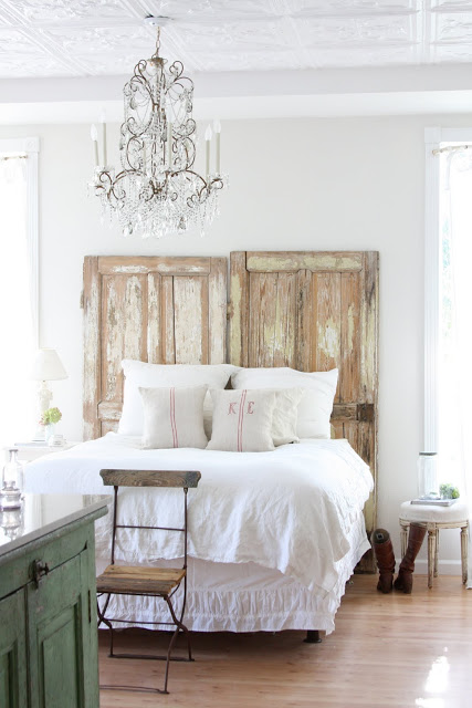 Spectacular chic neutral rustic bedroom Dreamy Whites