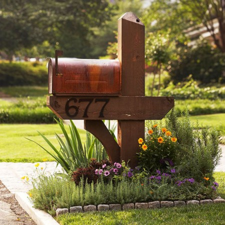 diy mailbox flower garden, BHG