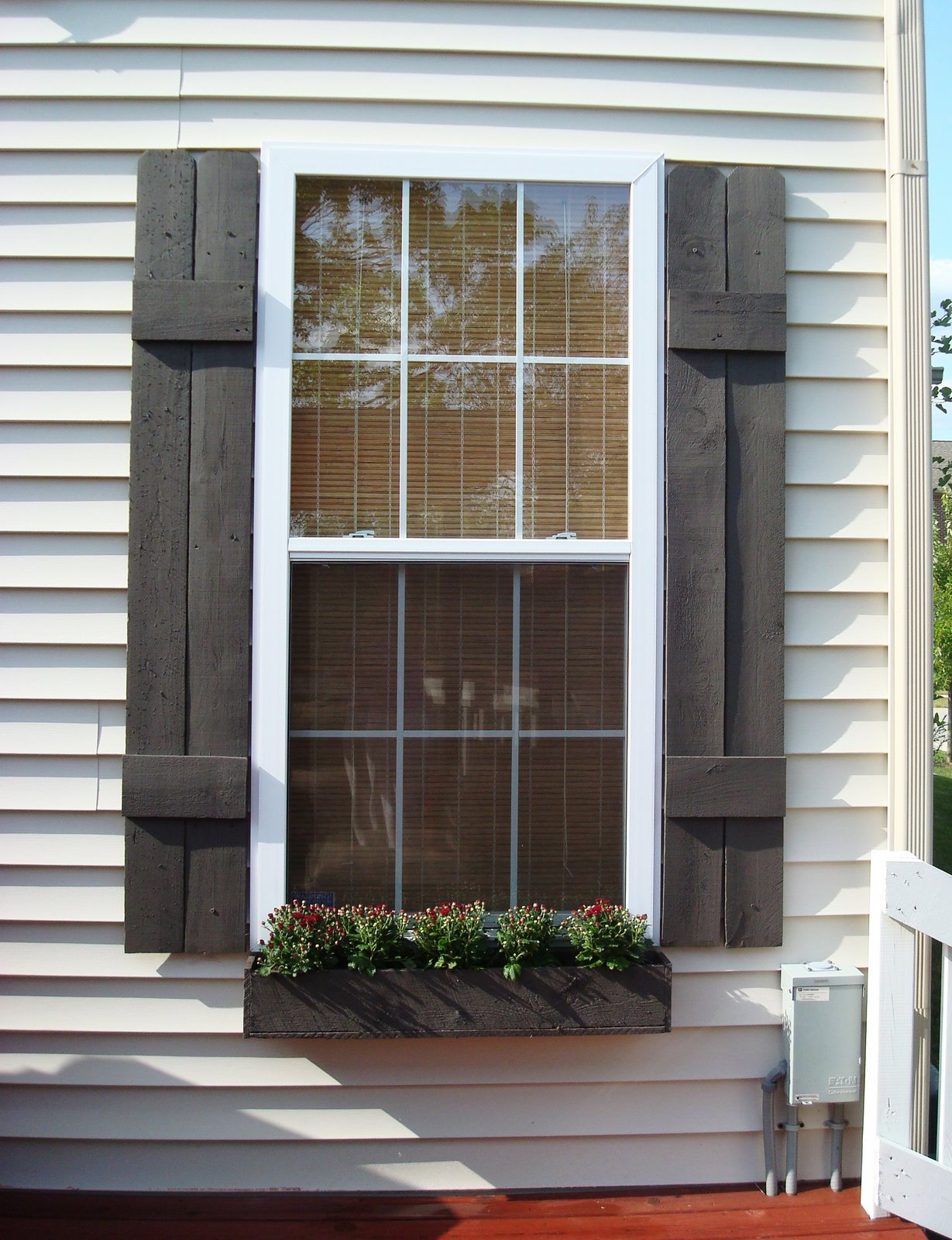 Remodelaholic 25 inspiring outdoor window treatments - Pictures of exterior shutters on homes ...