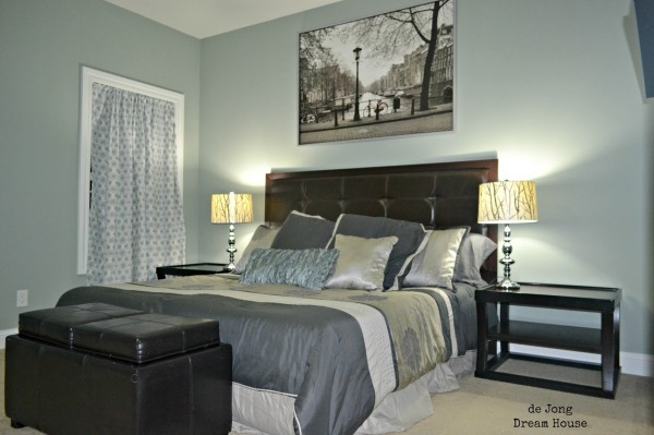 flex room as guest room with king bed