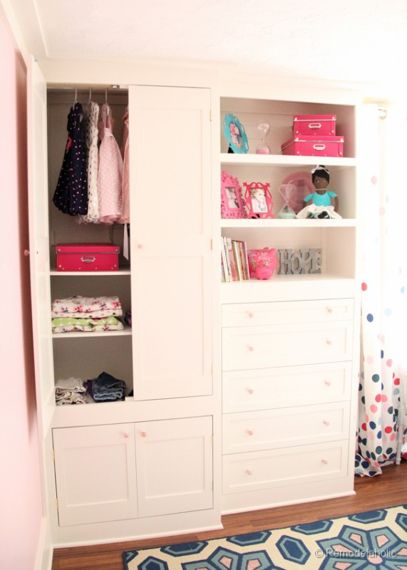 how to build mural closet
