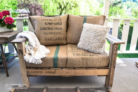 build a pallet wood chair, Funky Junk Interiors