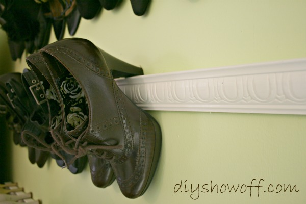 shoe storage idea - use trim or molding to hold high heels, DIY Showoff