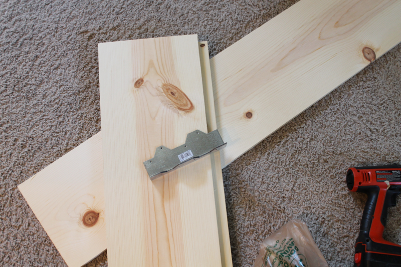 Fabulous materials to build diy X sofa table featured on Remodelaholic