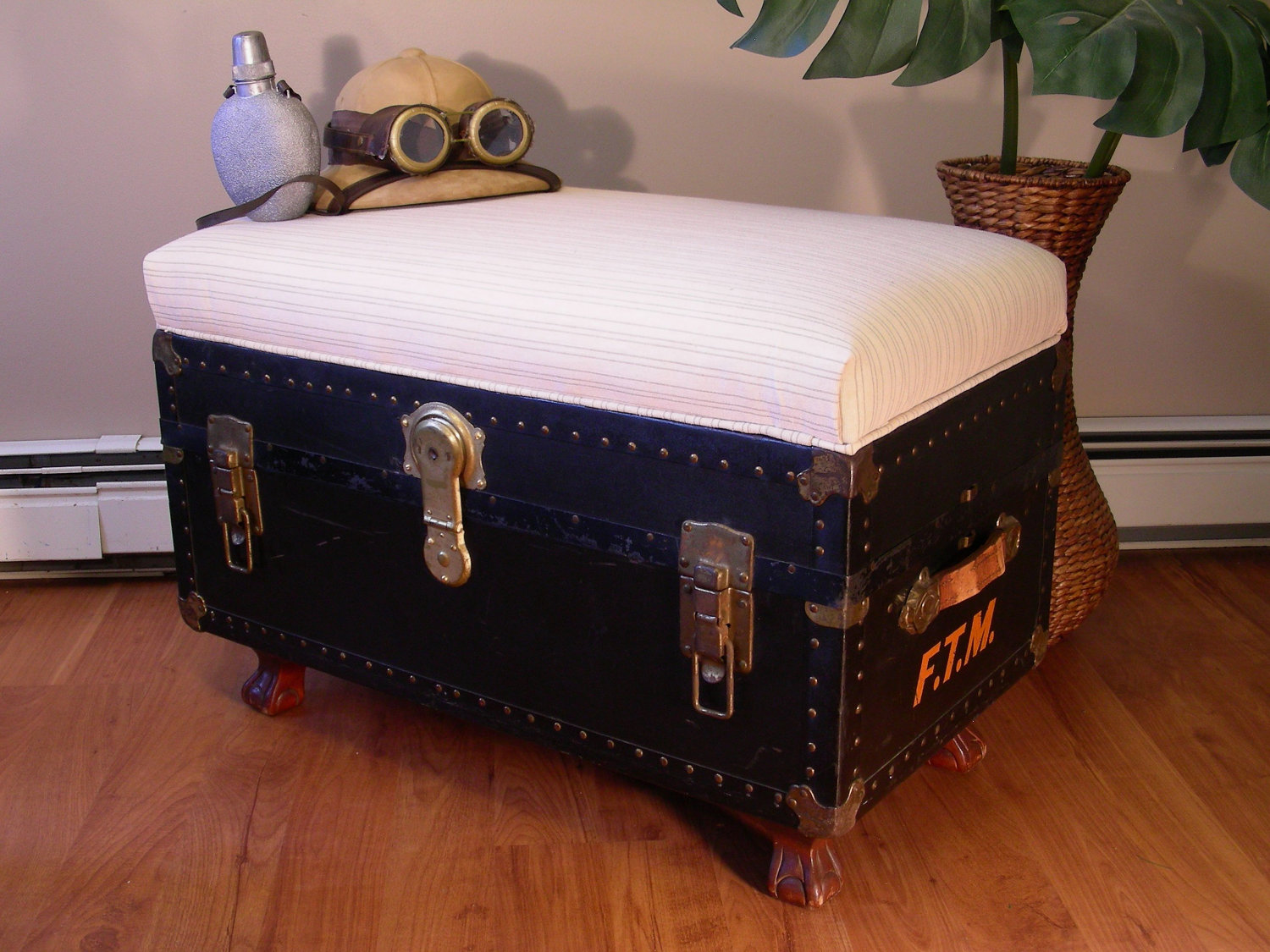 Good old trunk turned into seating bench Destinations Vintage on Etsy via Remodelaholic
