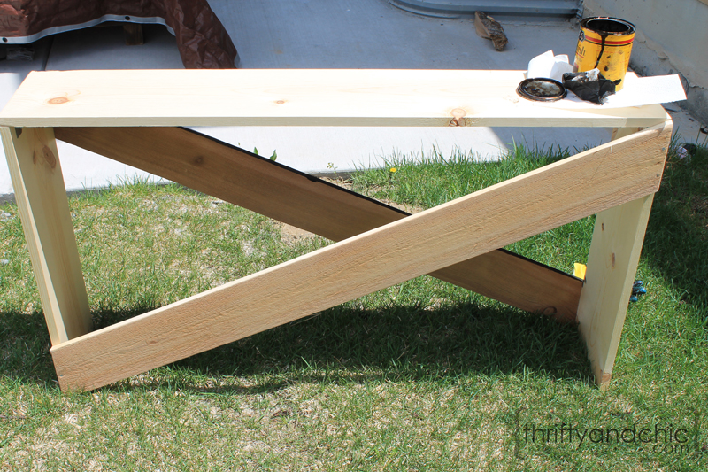 Simple X Sofa Table Diy Building Plans Featured On Remodelaholic