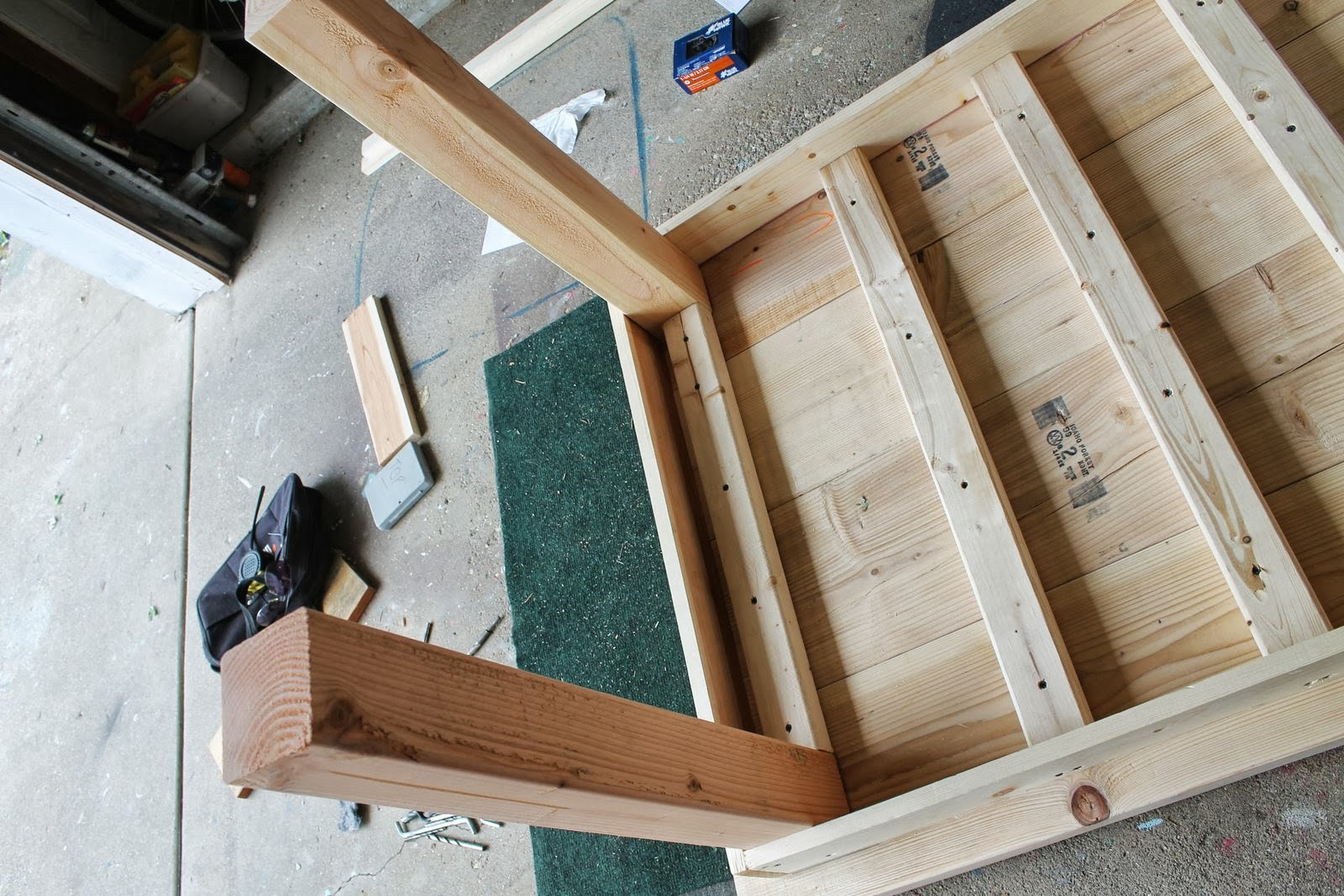Superieur Underside Of Unfinished Diy Farmhouse Table, Featured On Remodelaholic.com