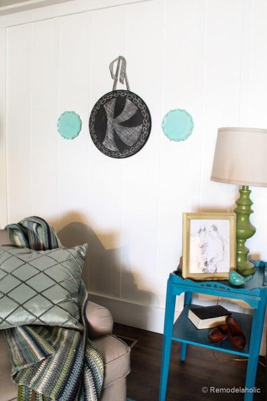 Chalkboard Wreath or door hanging tutorial (11)
