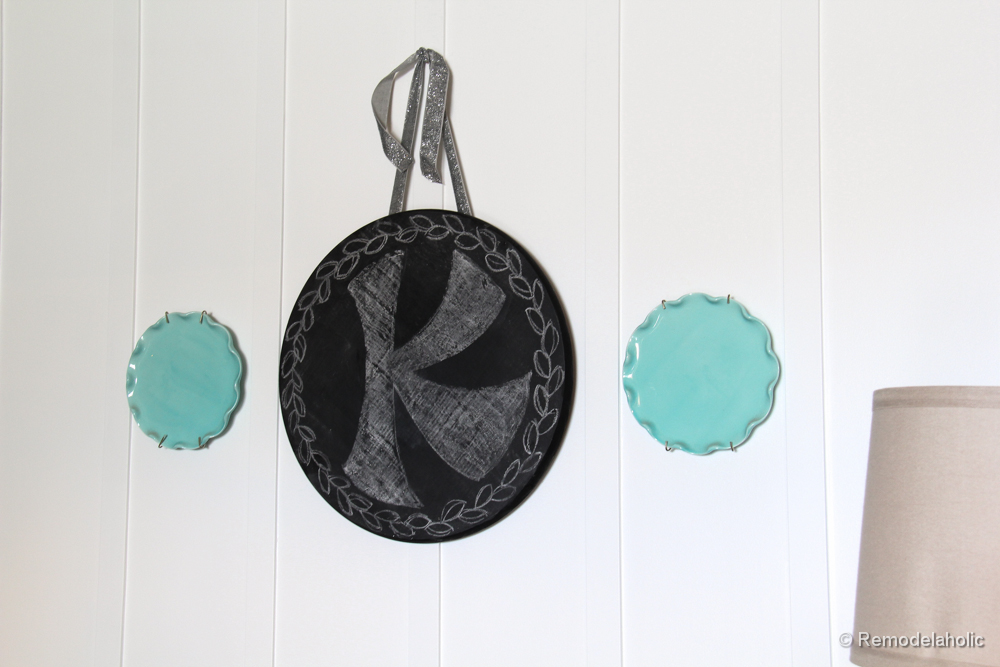 Chalkboard Wreath or door hanging tutorial (13)