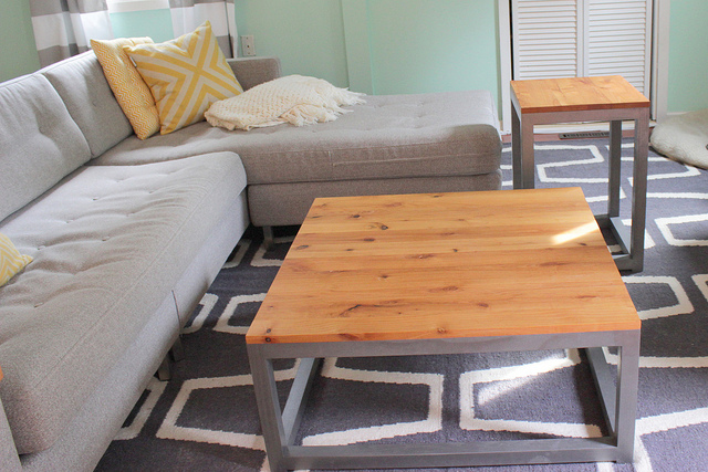 remodelaholic | build a modern coffee table and matching end tables
