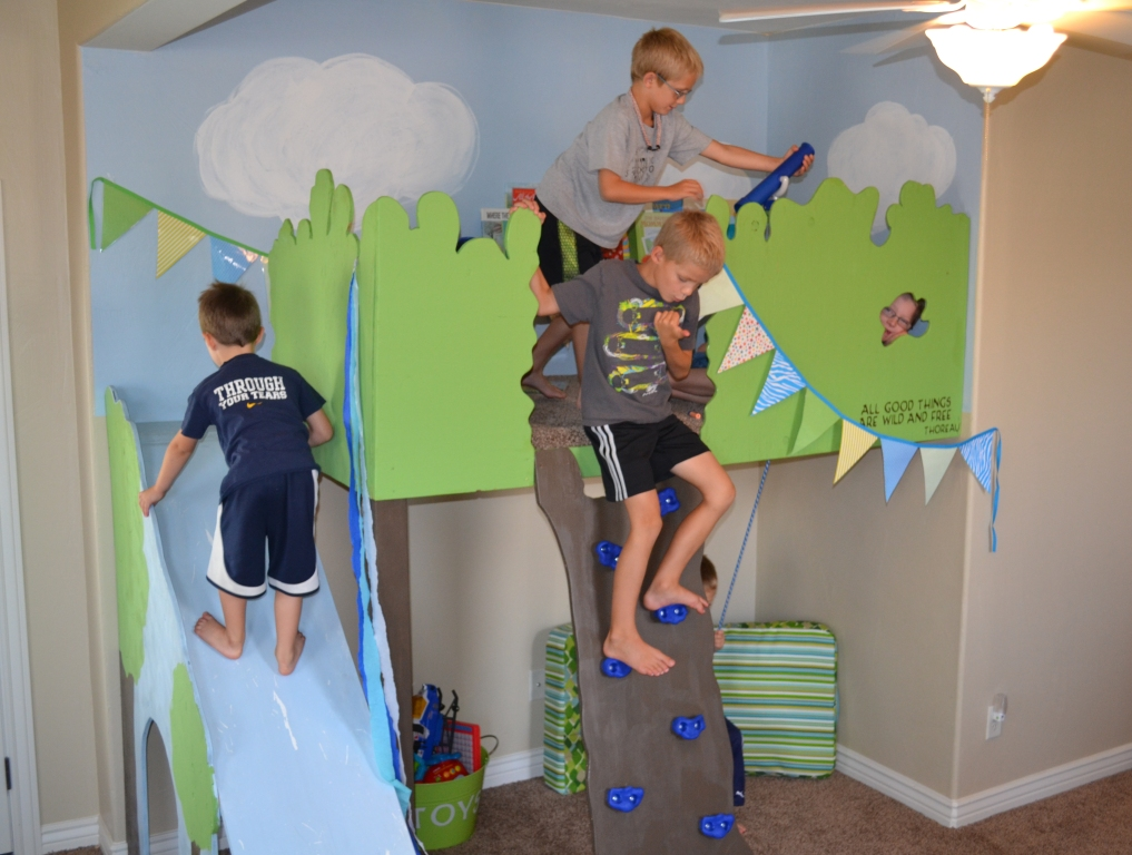 Kids Indoor Tree House Loft Playhouse I Am Hardware Featured On Remodelaholic