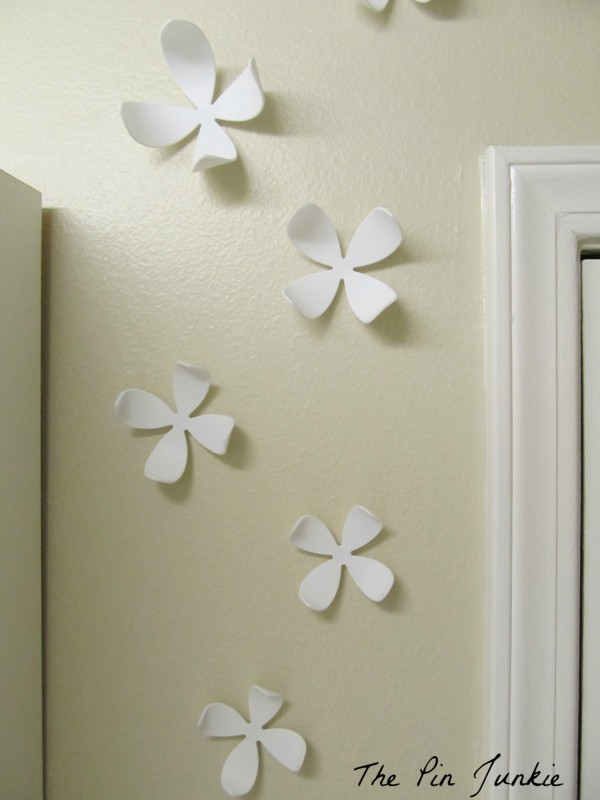 umbra 3D wall flowers in laundry room, The Pin Junkie featured on Remodelaholic.com