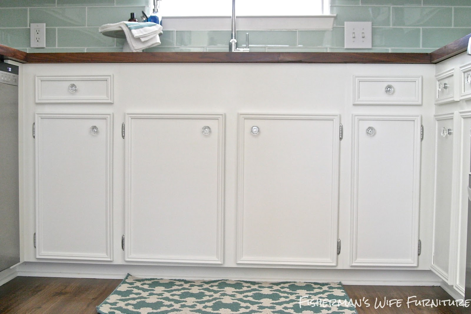 white kitchen cabinets with glass knobs glass knobs for kitchen cabinets roselawnlutheran 29010