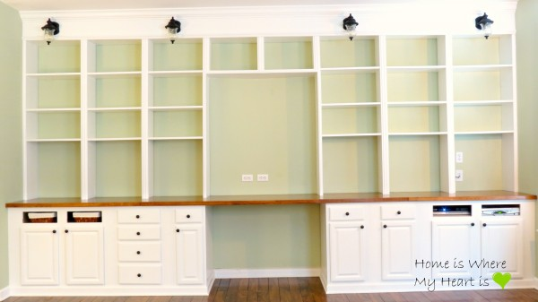 built-in desk and bookshelf, Home Is Where My Heart Is featured on Remodelaholic