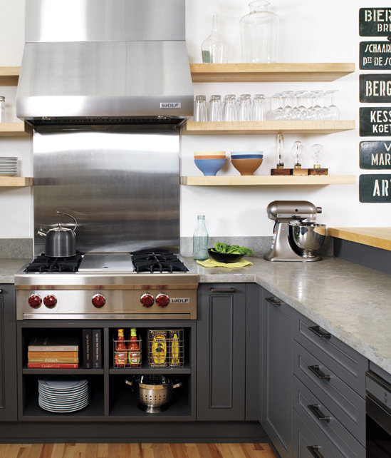 Gray Kitchen Makeovers: Grey And White Kitchen Makeover