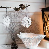 easy-to-make-doily-crochet-ornaments-6