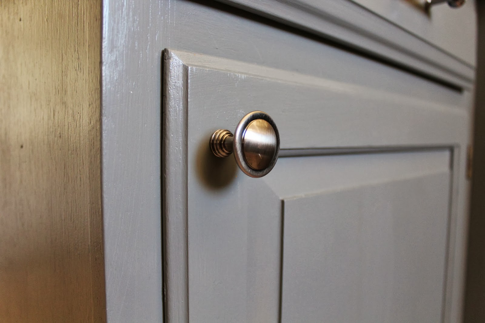 Gray Kitchen Cabinet Knobs Quicua
