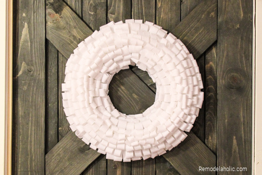 How To Make A Snowman Wreath, From Remodelaholic