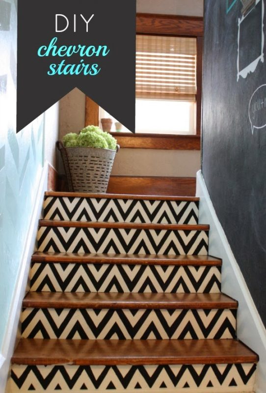 01-24 diy chevron stairs, Robb Restyle