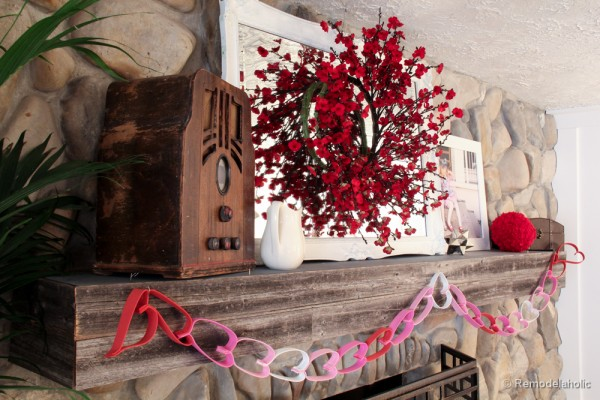 Valentines mantel and TV in fireplace (3 of 8)