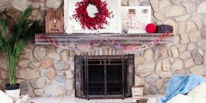 Valentines mantel and TV in fireplace (6 of 8)