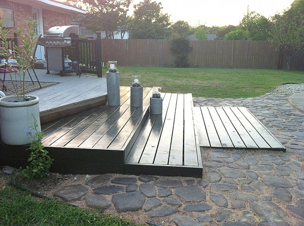 how to build a wooden deck from pallets, The Second Wind of Texas featured on Remodelaholic