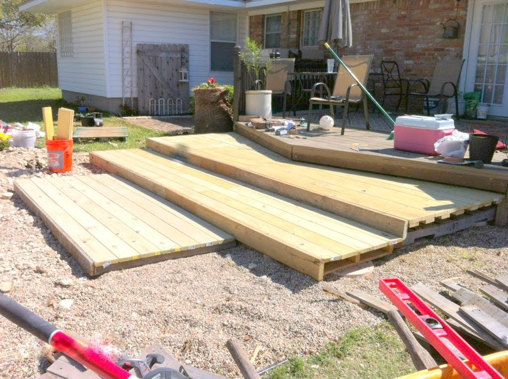 How To Build A Wooden Pallet Walk Out Patio, The Second Wind Of Texas