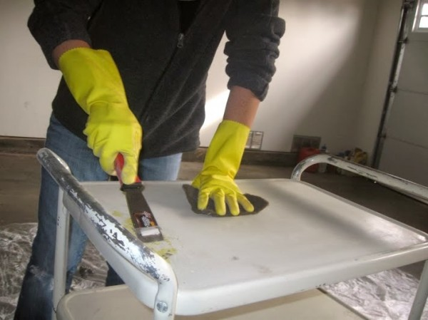 how to clean an old metal cart before repainting, The Palette Muse featured on Remodelaholic