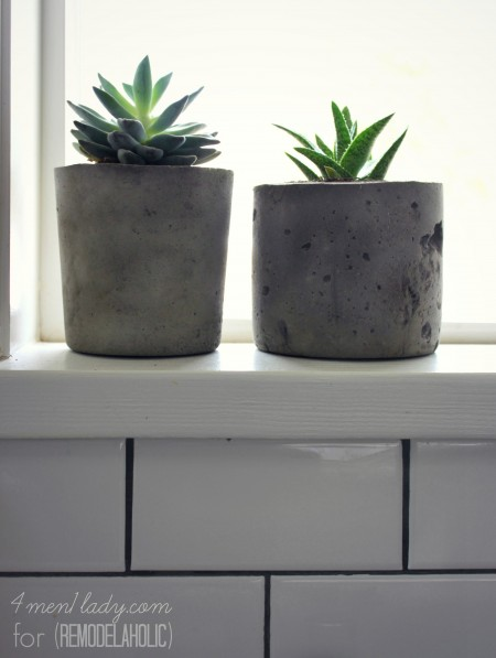4men1lady for Remodelaholic | Cement Planters