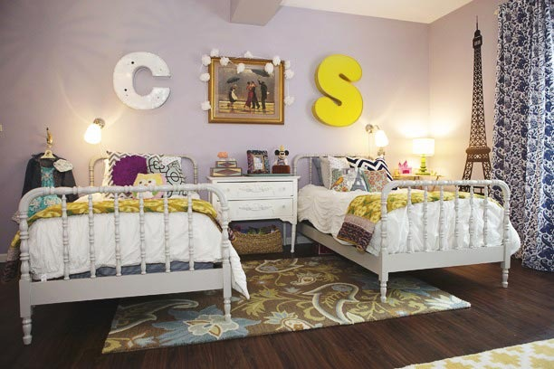 remodelaholic get this look girls 39 shared bedroom symmetry