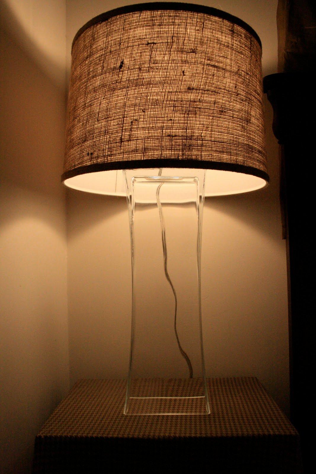 Upcycled DIY Chandelier Lamp | Remodelaholic | Bloglovin\'