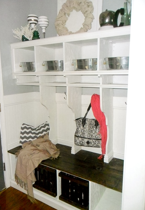 Mudroom Storage Do It Yourself : Remodelaholic diy entryway mudroom with cubbies for
