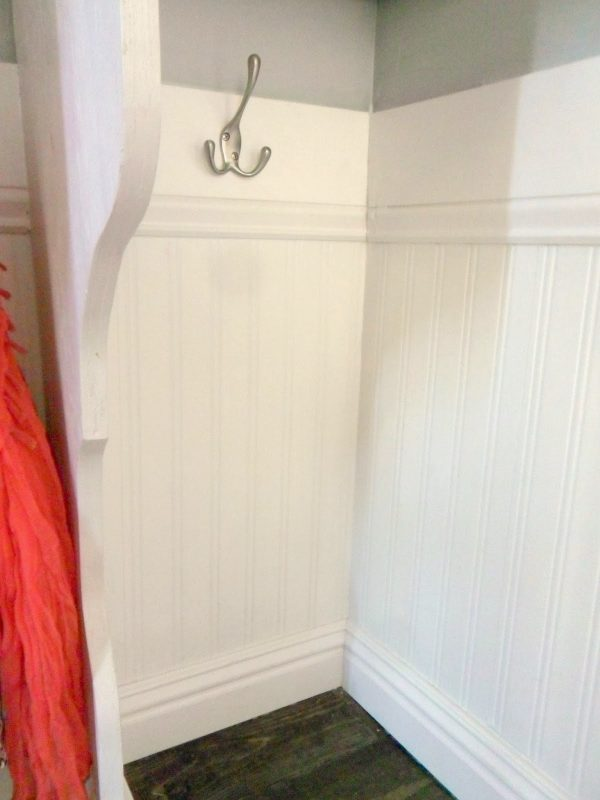 beadboard entryway mudroom cubby shelving, Home Heart and Hands featured on Remodelaholic