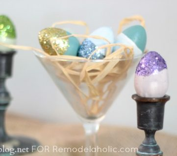 Easy Easter Craft {paint dipped and glittered eggs}